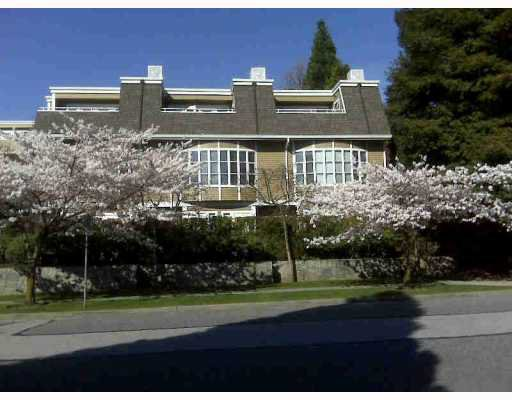 """Main Photo: 103 222 W 4TH Street in North_Vancouver: Lower Lonsdale Townhouse for sale in """"VISTA POINTE"""" (North Vancouver)  : MLS®# V782685"""
