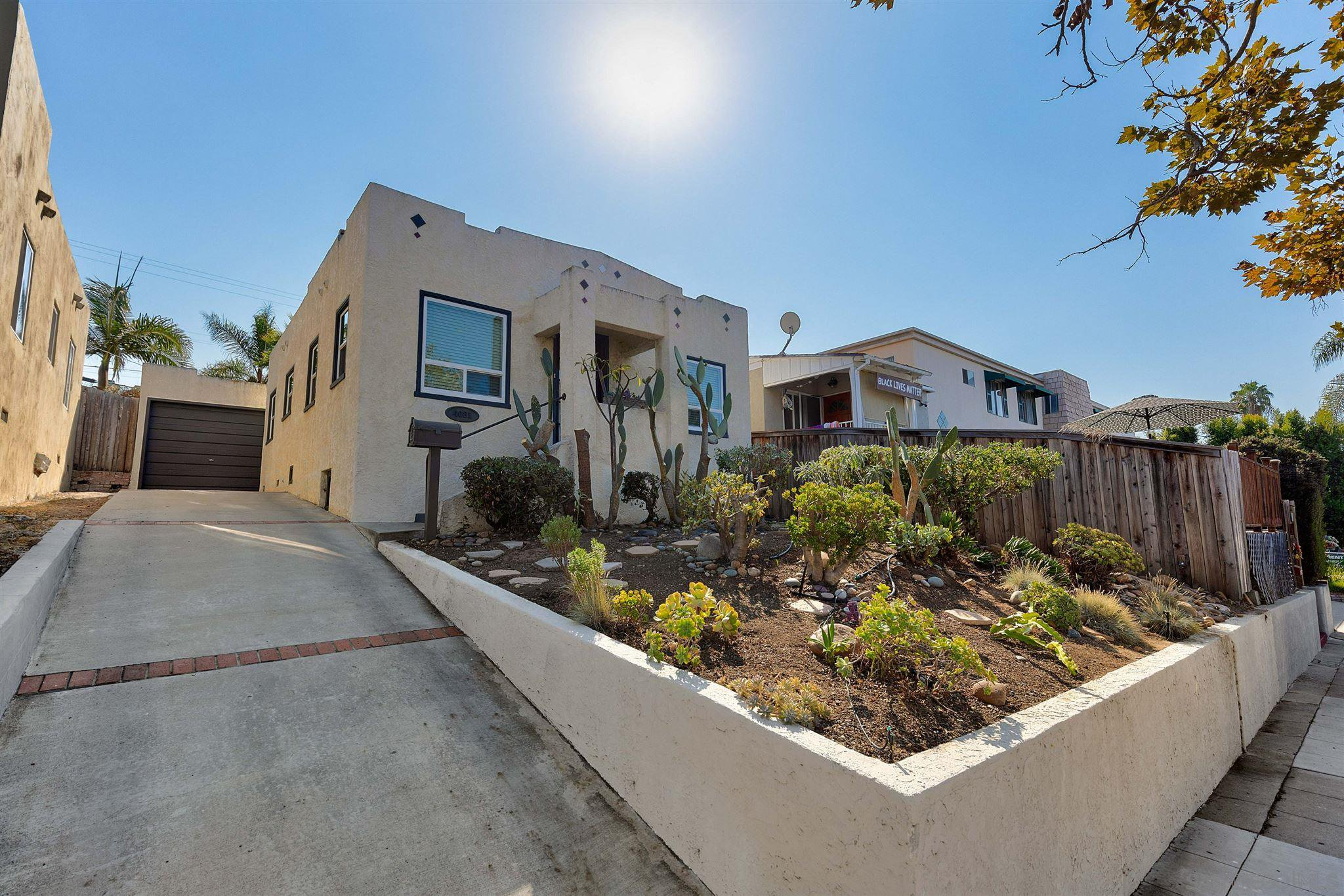Main Photo: NORTH PARK House for sale : 2 bedrooms : 4081 Hamilton St in San Diego