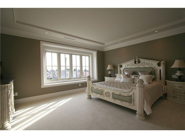 Photo 6: Photos: 1088 W 51ST Avenue in Vancouver: South Granville House for sale (Vancouver West)  : MLS®# V810799