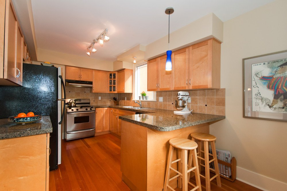 Photo 9: Photos: 3536 W 13TH Avenue in Vancouver: Kitsilano House for sale (Vancouver West)  : MLS®# V865344