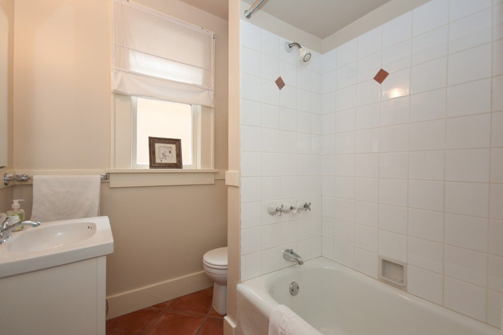 Photo 16: Photos: 3536 W 13TH Avenue in Vancouver: Kitsilano House for sale (Vancouver West)  : MLS®# V865344