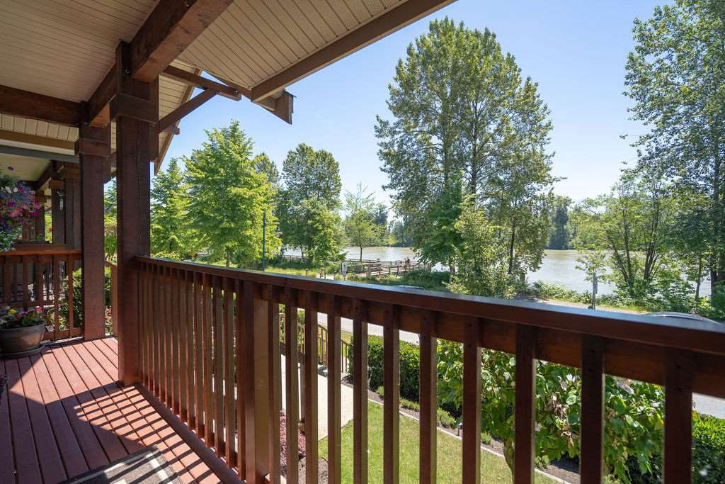 """Photo 2: Photos: 21 2381 ARGUE Street in Port Coquitlam: Citadel PQ House for sale in """"THE BOARDWALK"""" : MLS®# R2399249"""
