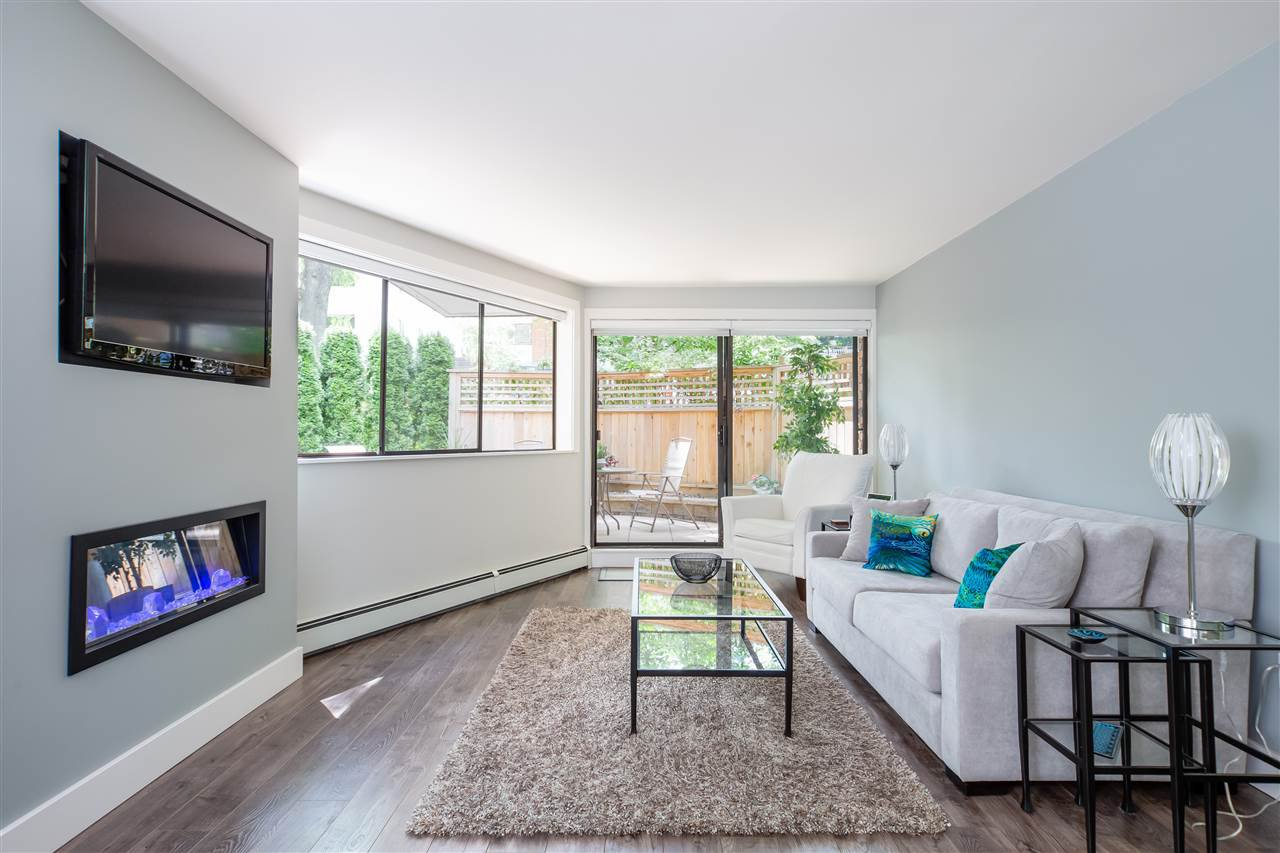 Main Photo: 210 345 W 10TH AVENUE in Vancouver: Mount Pleasant VW Condo for sale (Vancouver West)  : MLS®# R2418425