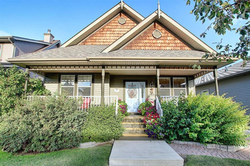 Main Photo: 209 Prestwick Estate Way SE in Calgary: McKenzie Towne Detached for sale : MLS®# A1058206