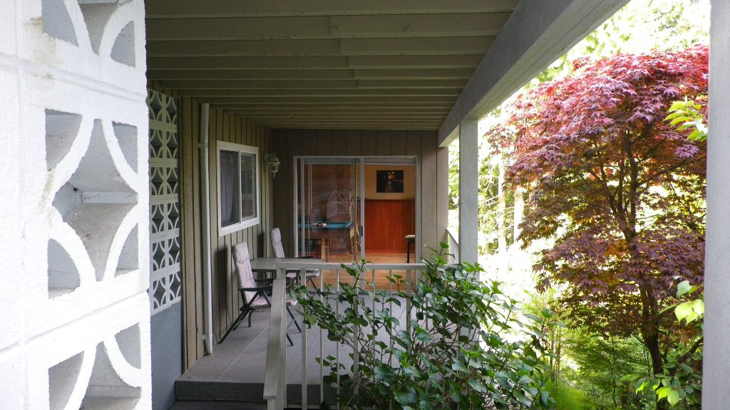 Photo 11: Photos: 51 BONNYMUIR PL - WEST VANCOUVER in West Vancouver: Glenmore House for sale : MLS®# V831606