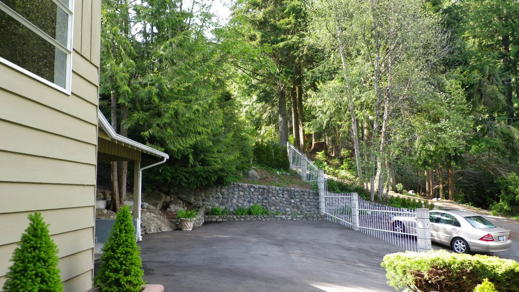 Photo 17: Photos: 51 BONNYMUIR PL - WEST VANCOUVER in West Vancouver: Glenmore House for sale : MLS®# V831606