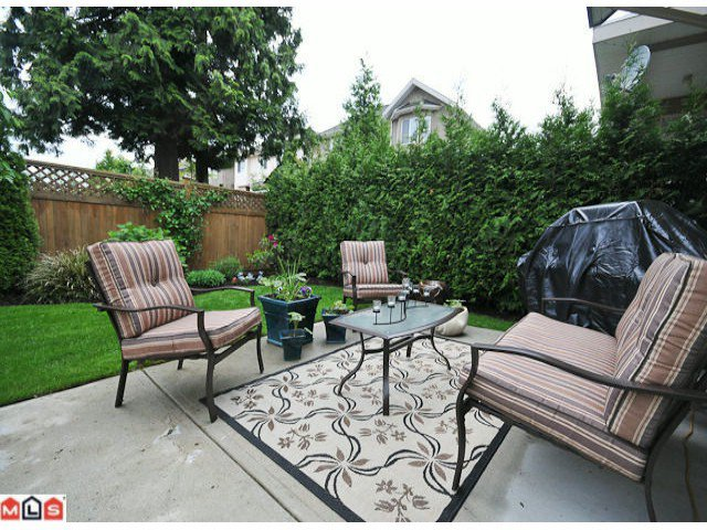"Photo 10: Photos: 15032 35TH Avenue in Surrey: Morgan Creek House for sale in ""ROSEMARY HEIGHTS WEST"" (South Surrey White Rock)  : MLS®# F1015292"