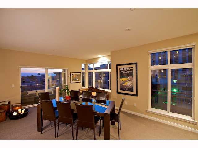 Photo 5: Photos: DOWNTOWN Condo for sale : 2 bedrooms : 2284 Sixth Avenue in San Diego