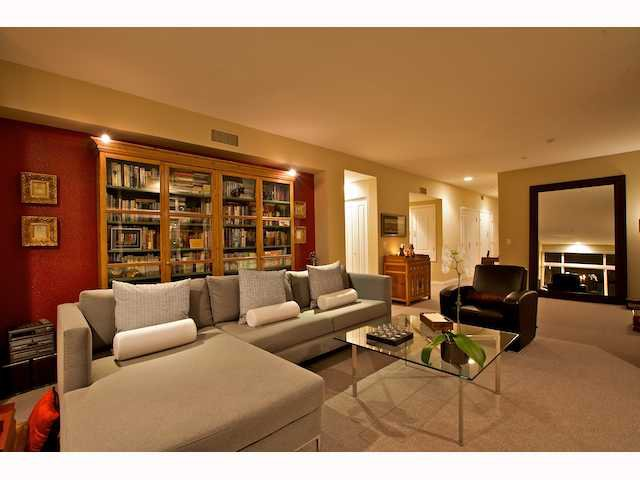 Photo 3: Photos: DOWNTOWN Condo for sale : 2 bedrooms : 2284 Sixth Avenue in San Diego