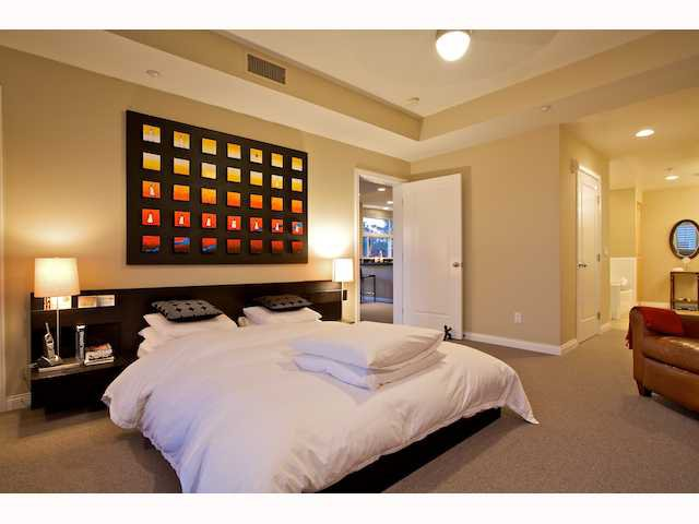 Photo 8: Photos: DOWNTOWN Condo for sale : 2 bedrooms : 2284 Sixth Avenue in San Diego