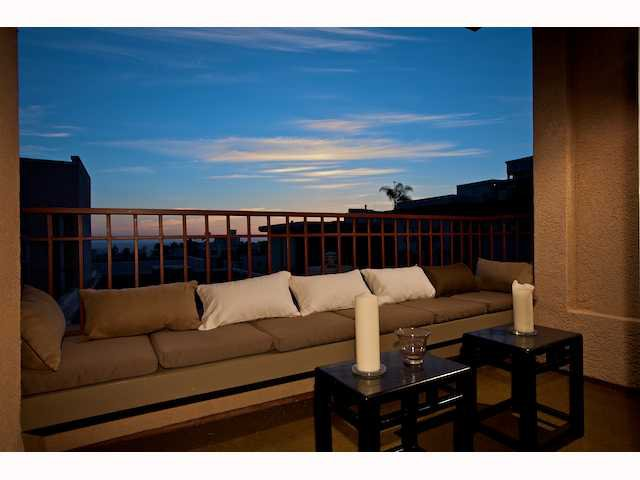 Photo 6: Photos: DOWNTOWN Condo for sale : 2 bedrooms : 2284 Sixth Avenue in San Diego