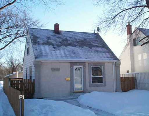Main Photo: 910 MADELINE Street in WINNIPEG: Transcona Single Family Detached for sale (North East Winnipeg)  : MLS®# 2600263