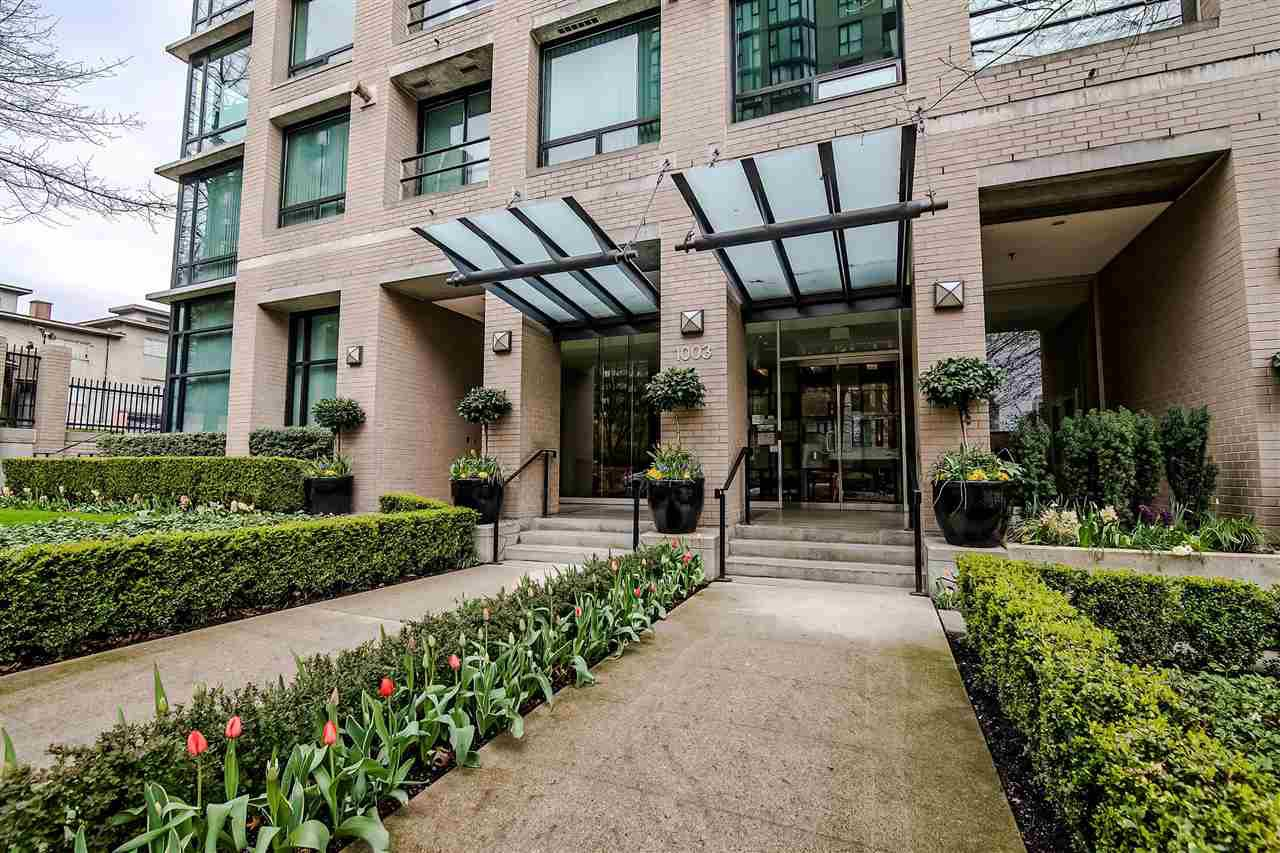 """Main Photo: 601 1003 BURNABY Street in Vancouver: West End VW Condo for sale in """"Milano"""" (Vancouver West)  : MLS®# R2434679"""