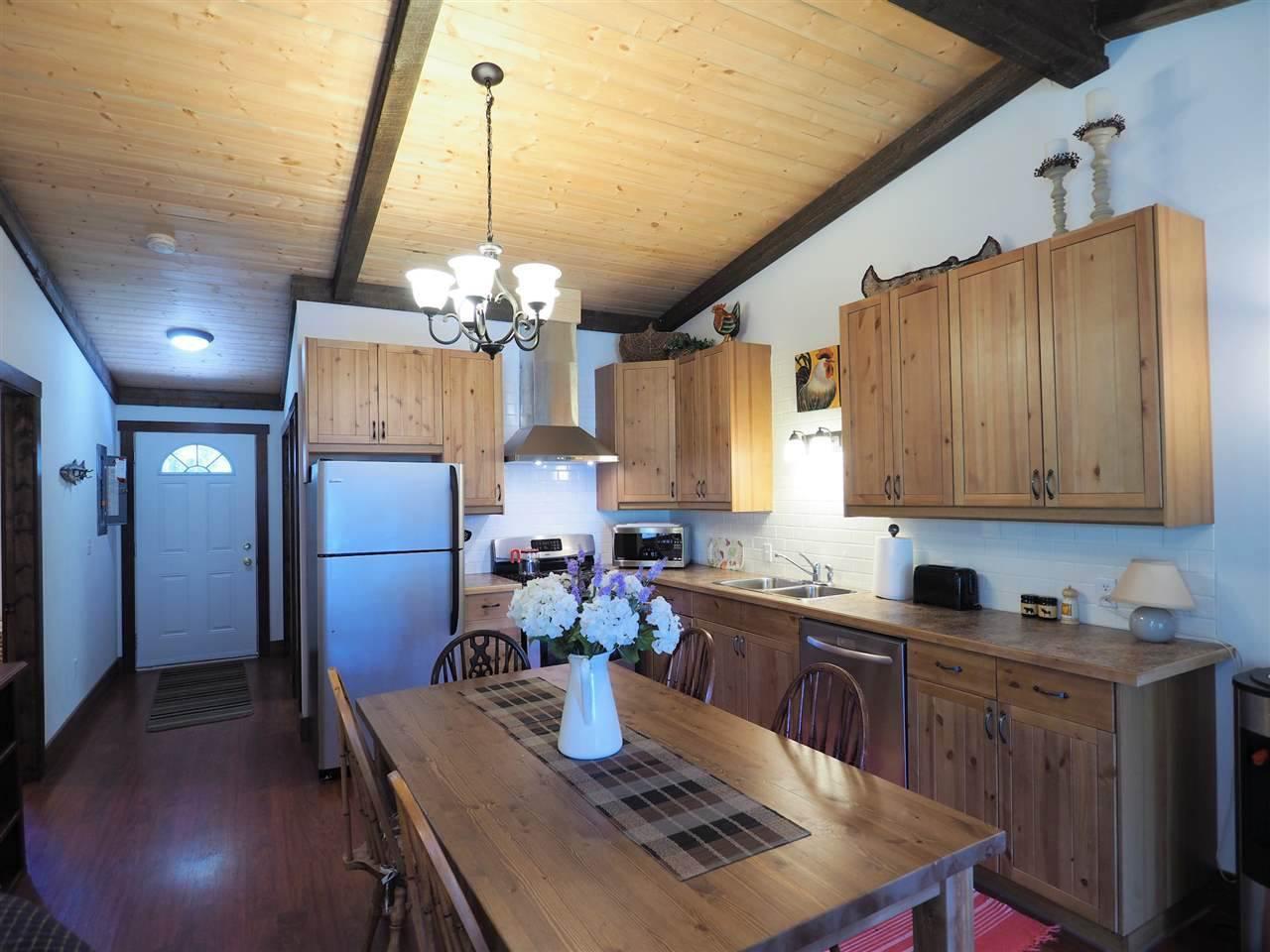 Photo 13: Photos: 8222 CENTENNIAL Road in Bridge Lake: Bridge Lake/Sheridan Lake House for sale (100 Mile House (Zone 10))  : MLS®# R2457362