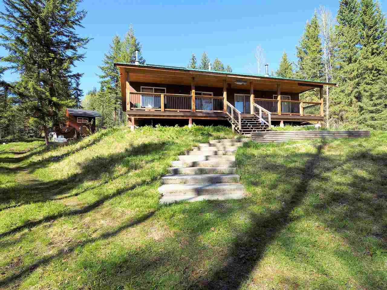 Photo 3: Photos: 8222 CENTENNIAL Road in Bridge Lake: Bridge Lake/Sheridan Lake House for sale (100 Mile House (Zone 10))  : MLS®# R2457362