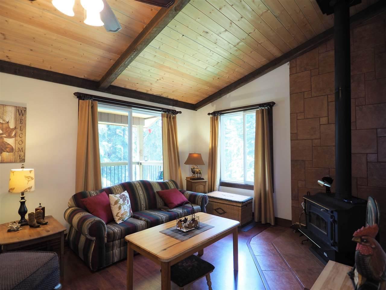 Photo 12: Photos: 8222 CENTENNIAL Road in Bridge Lake: Bridge Lake/Sheridan Lake House for sale (100 Mile House (Zone 10))  : MLS®# R2457362
