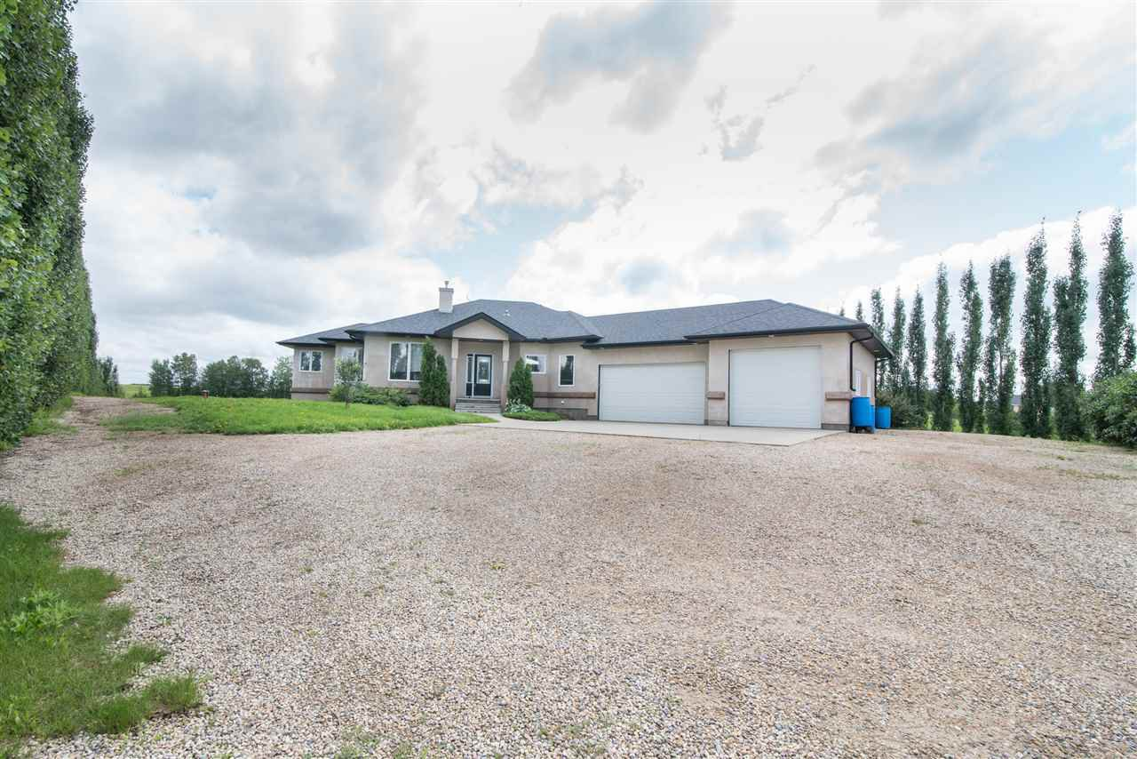 Main Photo: 1080 Clearwater Creek Road: Rural Leduc County House for sale : MLS®# E4168109