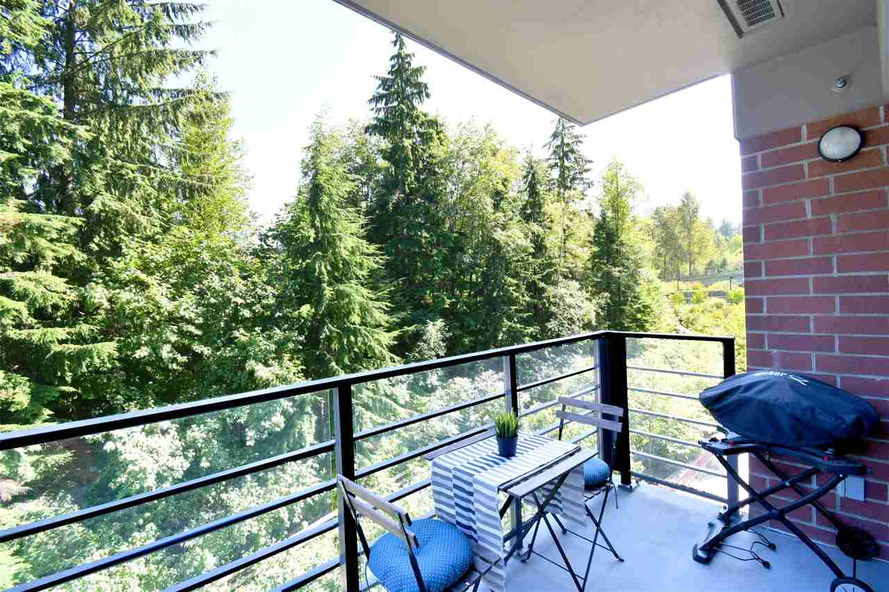 "Photo 15: Photos: 305 301 CAPILANO Road in Port Moody: Port Moody Centre Condo for sale in ""The Residences"" : MLS®# R2402732"