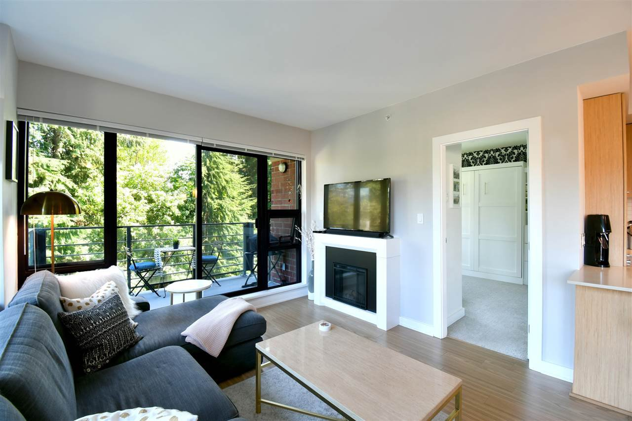 "Photo 4: Photos: 305 301 CAPILANO Road in Port Moody: Port Moody Centre Condo for sale in ""The Residences"" : MLS®# R2402732"