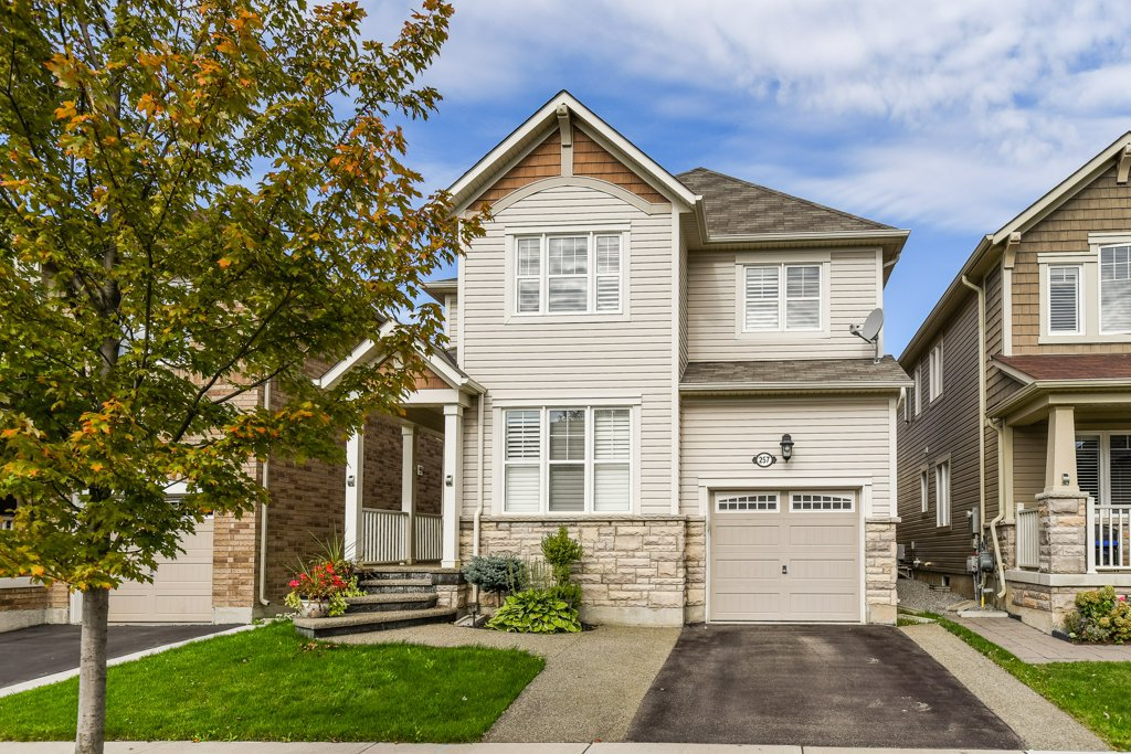 Main Photo: 257 Cedric Terrace in Milton: House for sale : MLS®# H4064476