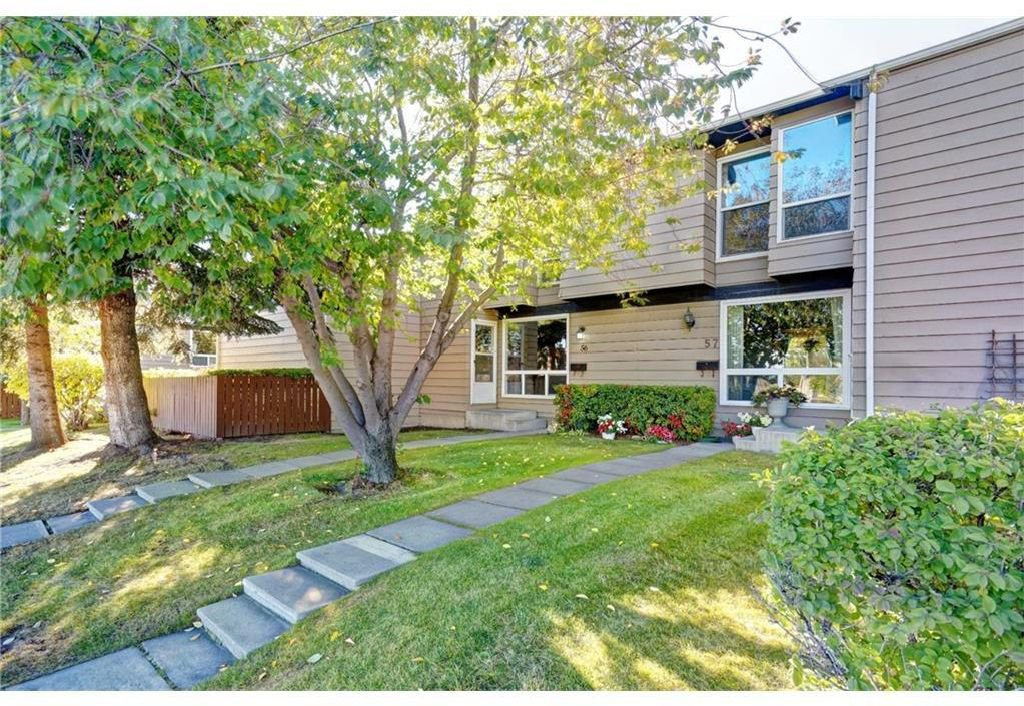 Main Photo: 56 7205 4 Street NE in Calgary: Huntington Hills Row/Townhouse for sale : MLS®# A1021724