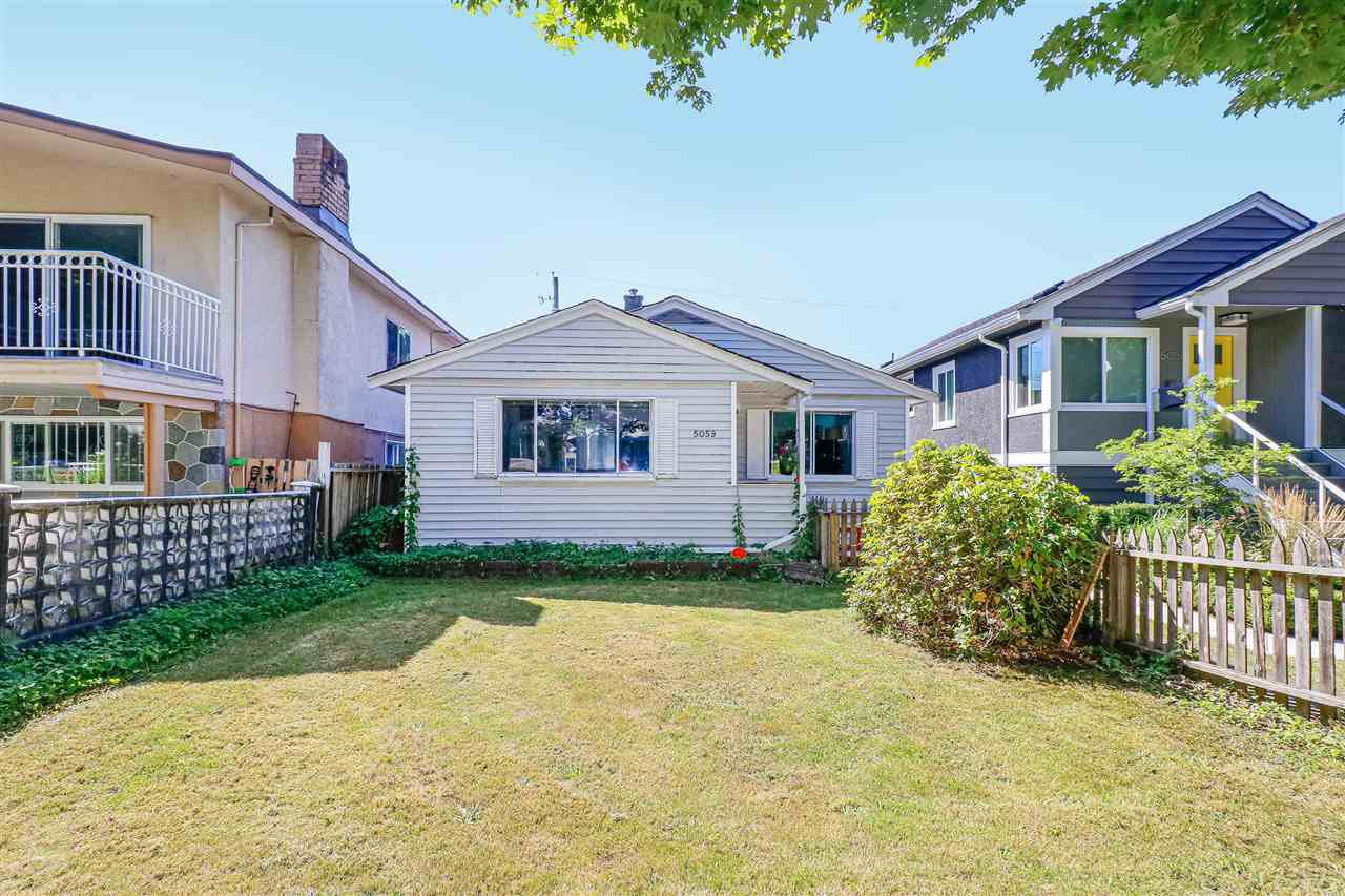 Main Photo: 5059 SHERBROOKE Street in Vancouver: Knight House for sale (Vancouver East)  : MLS®# R2494854