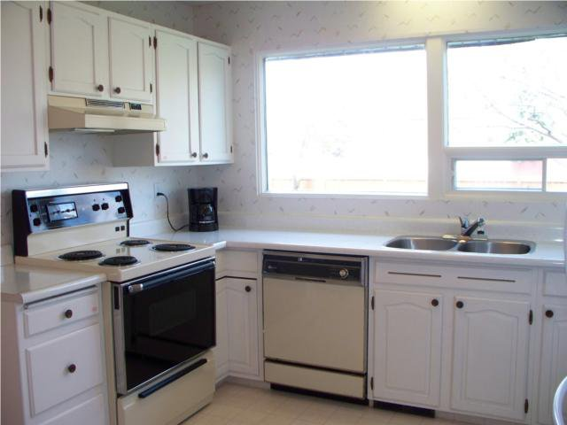 Photo 4: Photos: 55 Hillhouse Road in WINNIPEG: West Kildonan / Garden City Residential for sale (North West Winnipeg)  : MLS®# 1008803