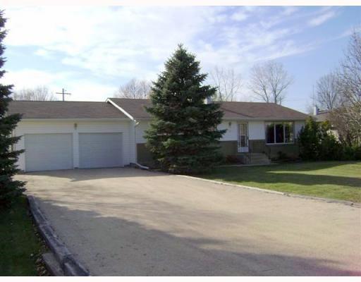 Main Photo: 120 BRACKEN Avenue in WINNIPEG: Birdshill Area Residential for sale (North East Winnipeg)  : MLS®# 2901808
