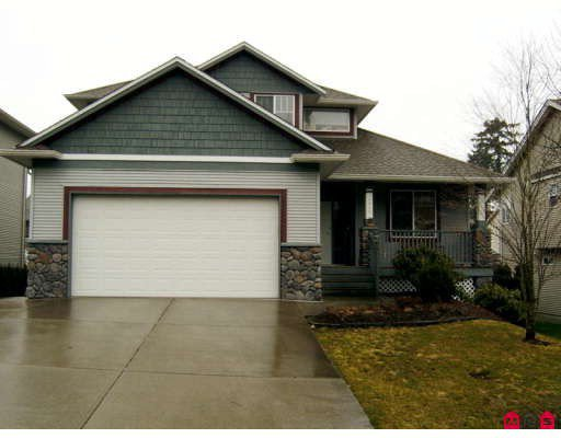 Main Photo: 4049 CHANNEL Street in Abbotsford: Abbotsford East House for sale : MLS®# F2904980