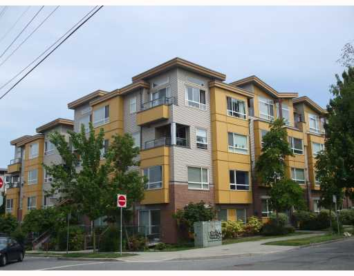 Main Photo: 307 2688 WATSON Street in Vancouver: Mount Pleasant VE Townhouse for sale (Vancouver East)  : MLS®# V769783