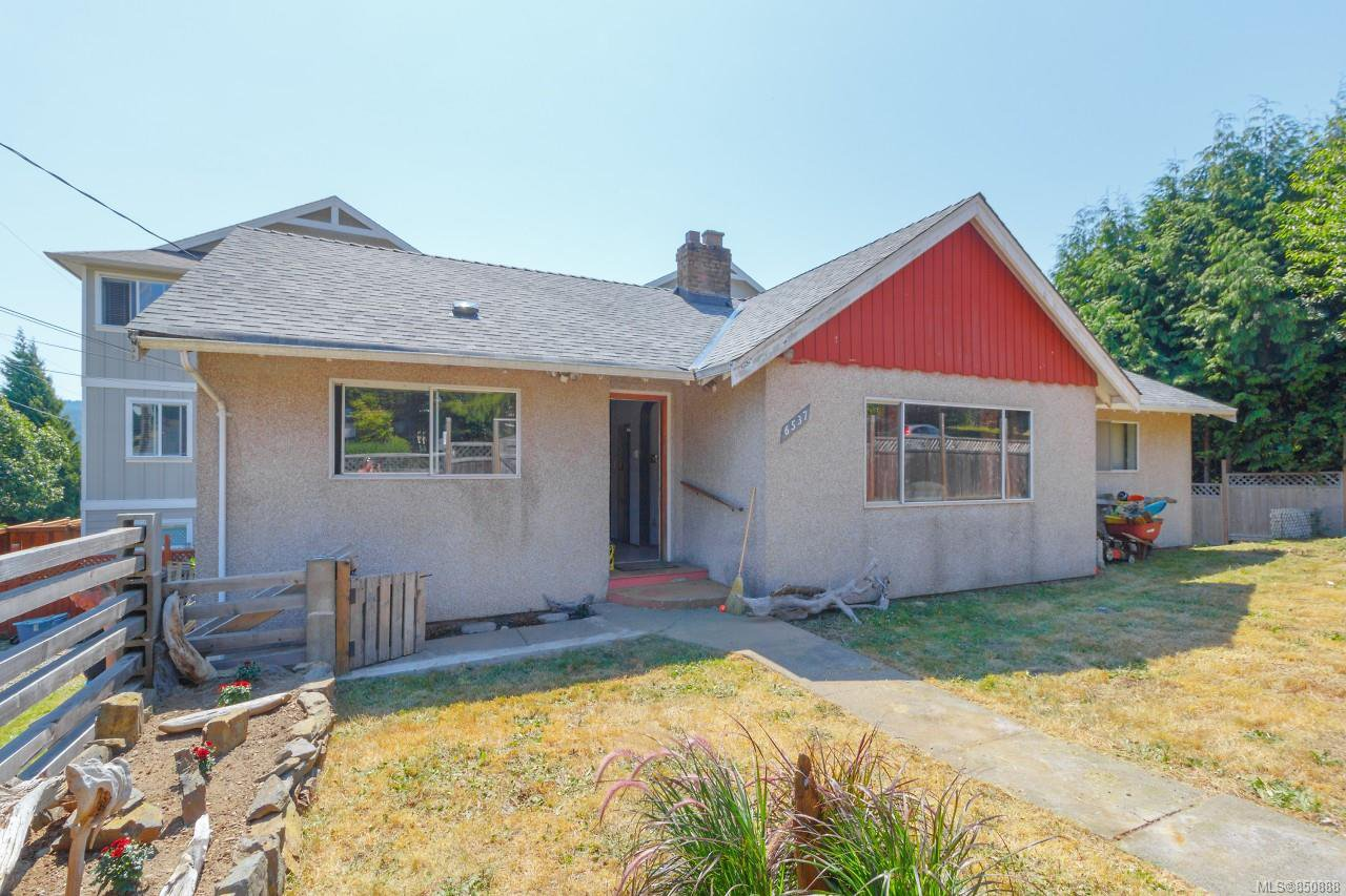Main Photo: 6537 Sooke Rd in : Sk Sooke Vill Core Single Family Detached for sale (Sooke)  : MLS®# 850888