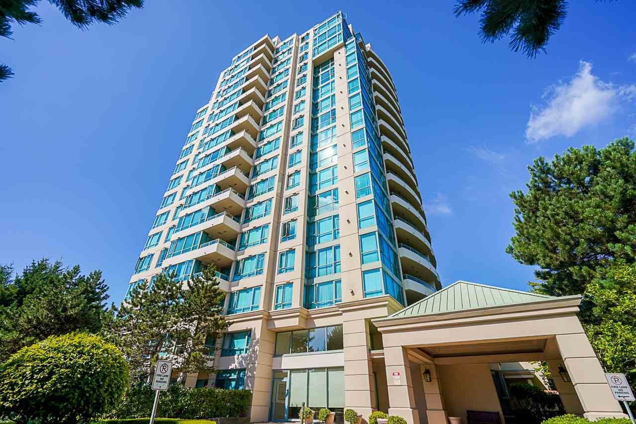 """Main Photo: 805 6622 SOUTHOAKS Crescent in Burnaby: Highgate Condo for sale in """"The Gibraltar"""" (Burnaby South)  : MLS®# R2488698"""