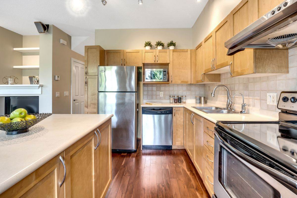 Main Photo: 7 8415 CUMBERLAND PLACE in Burnaby: The Crest Townhouse for sale (Burnaby East)  : MLS®# R2490948