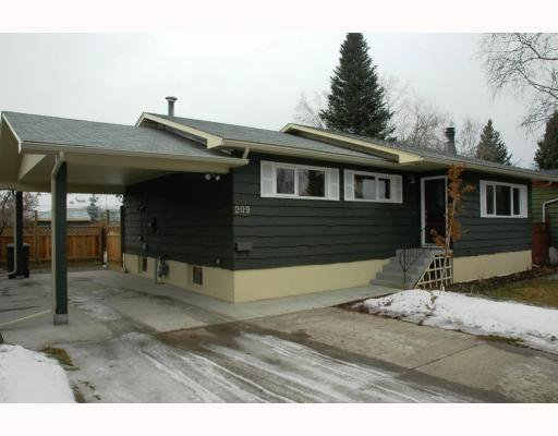 Main Photo: 209 LAUREL Crescent in Prince George: Westwood House for sale (PG City West (Zone 71))  : MLS®# N198729