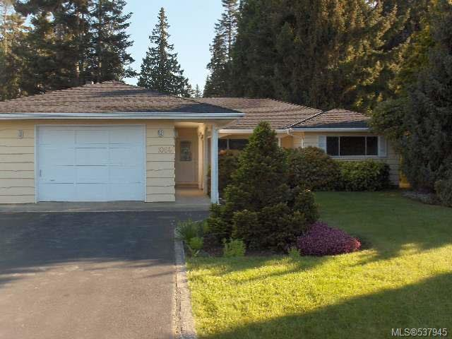 Main Photo: 1064 Eaglecrest Dr in QUALICUM BEACH: PQ Qualicum Beach House for sale (Parksville/Qualicum)  : MLS®# 537945