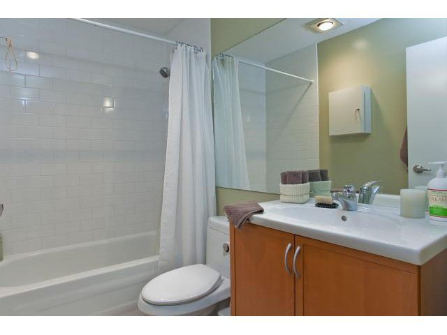 Photo 5: Photos: 307 1450 E 7TH Avenue in Vancouver: Grandview VE Condo for sale (Vancouver East)  : MLS®# V830810