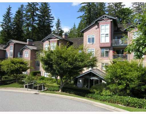 """Main Photo: 207 1144 STRATHAVEN Drive in North_Vancouver: Northlands Condo for sale in """"STRATHAVEN"""" (North Vancouver)  : MLS®# V728590"""
