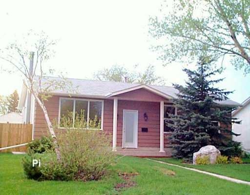 Main Photo: 55 LAKEGLEN Drive in WINNIPEG: Fort Garry / Whyte Ridge / St Norbert Single Family Detached for sale (South Winnipeg)  : MLS®# 2607089