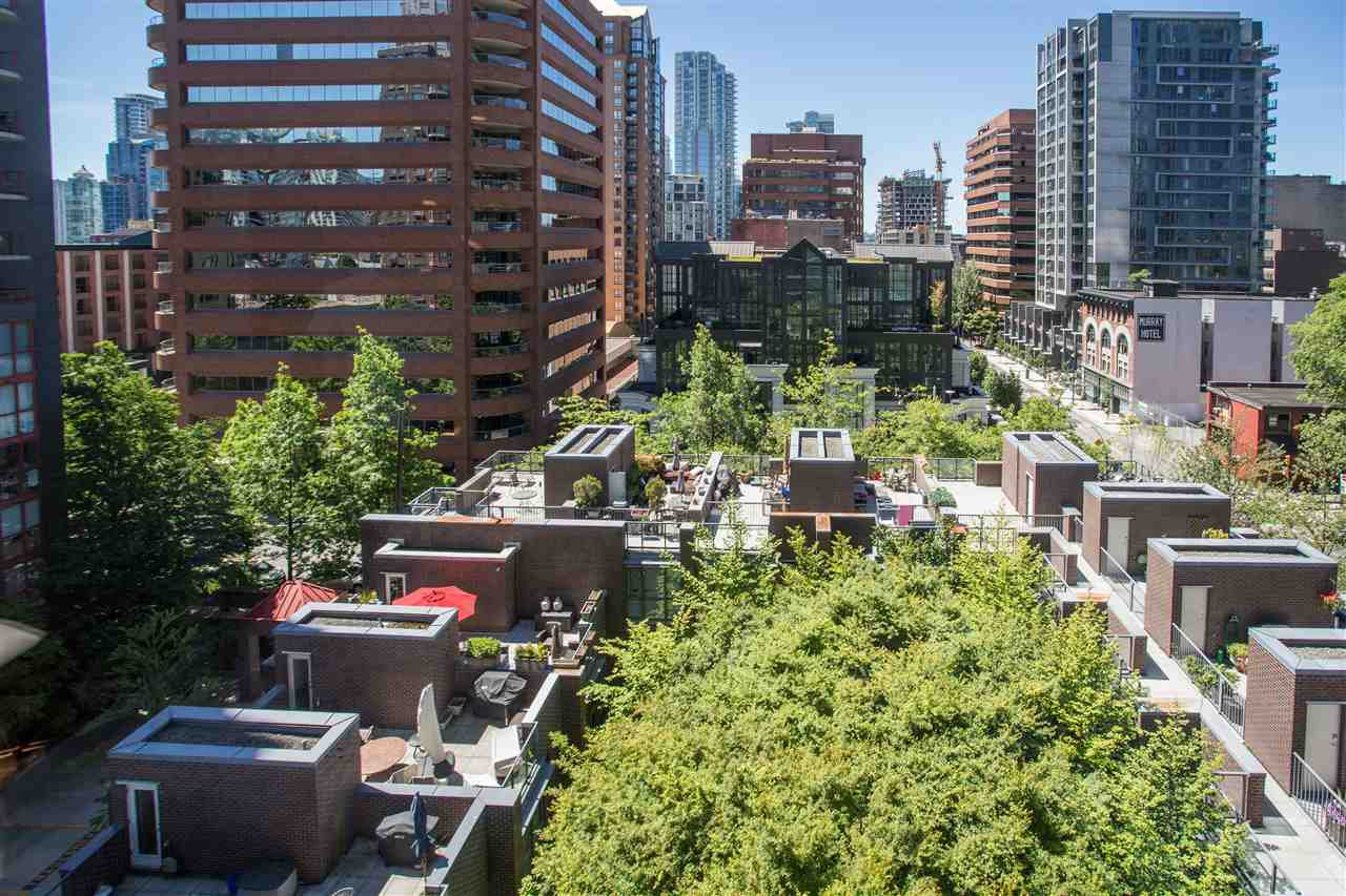 "Photo 14: Photos: 1008 1068 HORNBY Street in Vancouver: Downtown VW Condo for sale in ""The Canadian"" (Vancouver West)  : MLS®# R2389948"