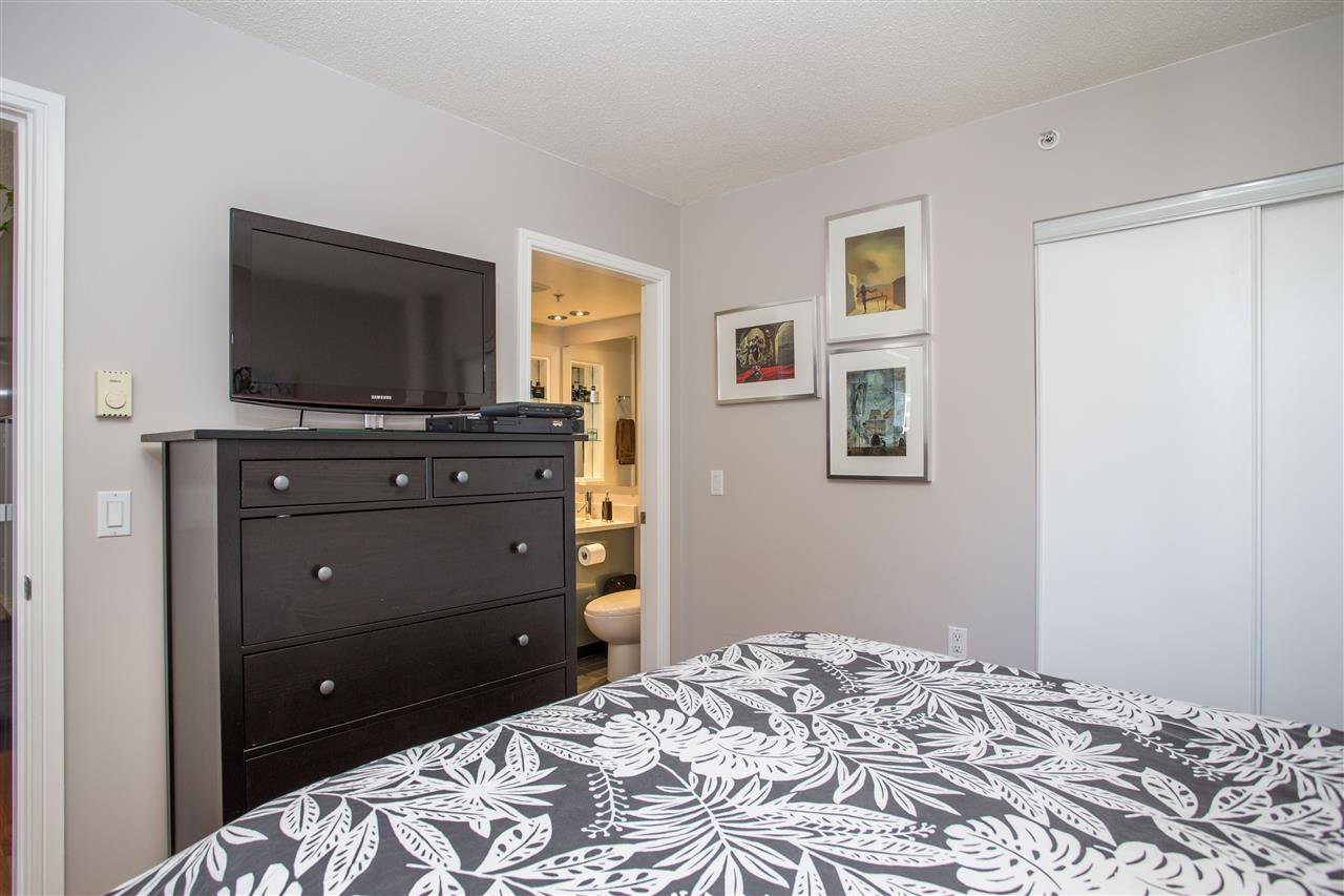 "Photo 10: Photos: 1008 1068 HORNBY Street in Vancouver: Downtown VW Condo for sale in ""The Canadian"" (Vancouver West)  : MLS®# R2389948"