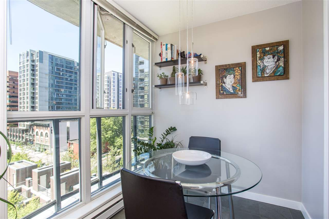 "Photo 6: Photos: 1008 1068 HORNBY Street in Vancouver: Downtown VW Condo for sale in ""The Canadian"" (Vancouver West)  : MLS®# R2389948"