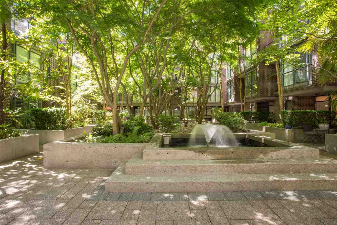 "Photo 19: Photos: 1008 1068 HORNBY Street in Vancouver: Downtown VW Condo for sale in ""The Canadian"" (Vancouver West)  : MLS®# R2389948"