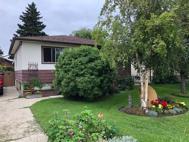 Main Photo: 10941 155 Street in Edmonton: Zone 21 House for sale : MLS®# E4169909