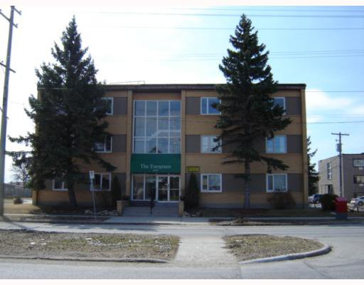Main Photo: 1700 TAYLOR Avenue in WINNIPEG: River Heights / Tuxedo / Linden Woods Condominium for sale (South Winnipeg)  : MLS®# 2906243