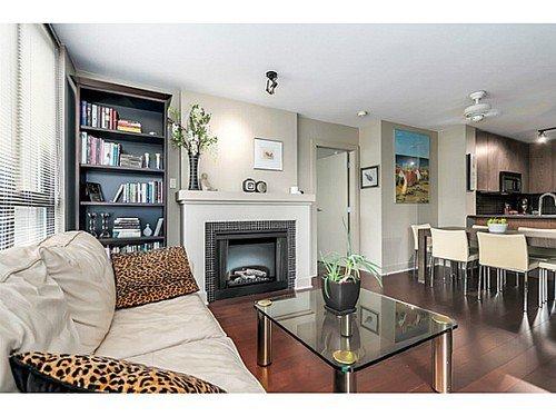Main Photo: 305 2036 10TH Ave W: Kitsilano Home for sale ()  : MLS®# V1079630