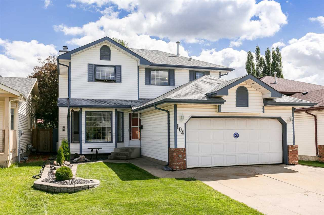 Main Photo: 104 JEFFERSON Road in Edmonton: Zone 29 House for sale : MLS®# E4207574