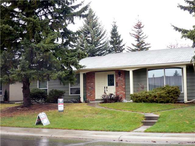 Main Photo: 1156 LAKE SUNDANCE Crescent SE in CALGARY: Lake Bonavista Residential Detached Single Family for sale (Calgary)  : MLS®# C3424092