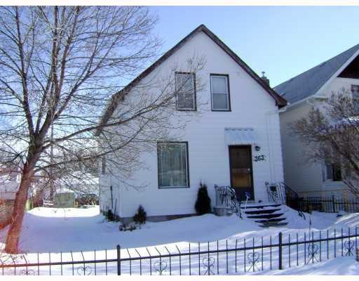 Main Photo:  in WINNIPEG: St James Residential for sale (West Winnipeg)  : MLS®# 2902256