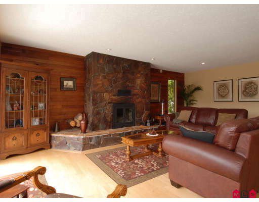 """Photo 3: Photos: 1890 REDWOOD Drive in Surrey: Hazelmere House for sale in """"Redwood Park"""" (South Surrey White Rock)  : MLS®# F2904349"""