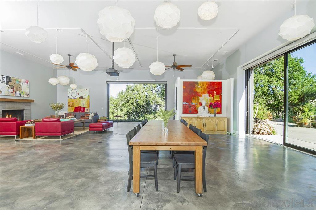 Main Photo: SOUTH ESCONDIDO House for rent : 4 bedrooms : 16044 Highland Valley Road in Escondido
